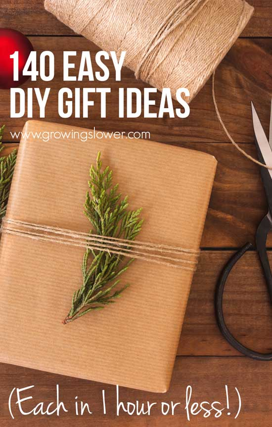 We've all been there: short on money and even shorter on time with Christmas right around the corner. This year, stay ahead of the game with these easy DIY gift ideas you can finish in under an hour. Try these easy DIY gift ideas you can finish in under an hour, including simple DIY gifts for kids, babies, men, women, stocking stuffers, and gift wrap.